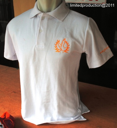 https://bikinkaosbandung.files.wordpress.com/2011/04/poloshirt2bpeacemaker.jpg?w=274