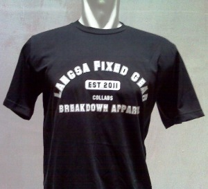 http://bikinkaosbandung.files.wordpress.com/2011/10/kaospesananfixie252832529.jpg?w=300